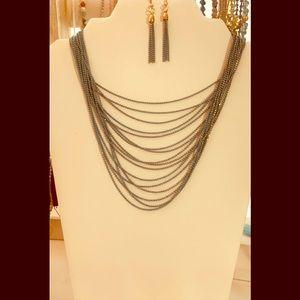 Kenneth Cole necklace set